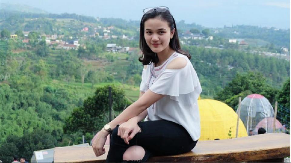 anggun miss indonesia 2017